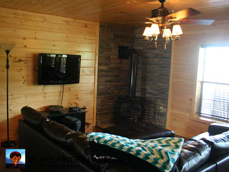 Castle Point Paradise Living Room [InTheFingerLakes.com]