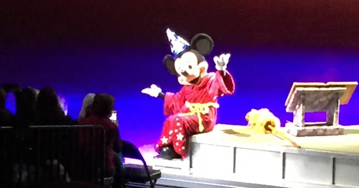 Disney on Ice: Let's Celebrate! presented by Stonyfield YoKids Organic Yogurt Review